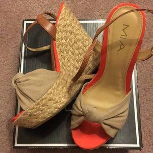 MIA - Adorable Platform Heels with POP of Coral!